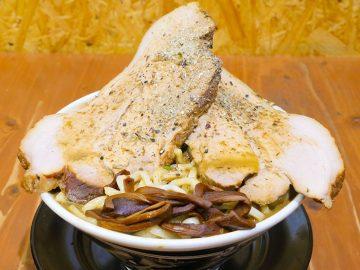 約1.2kg! 神田『長尾中華そば』のデカ盛り煮干しラーメンに挑戦してみた