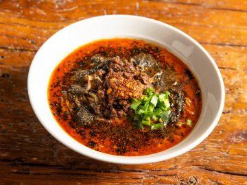 年間100万食! 紅虎餃子房の大人気メニュー「黒胡麻担々麺」がネットで買える