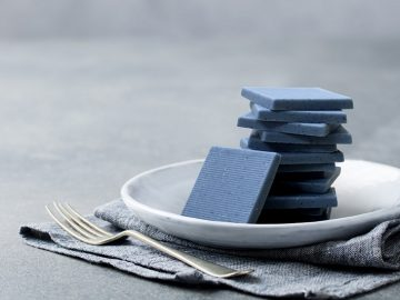 昨年すぐ完売した「幸せを呼ぶ青いチョコレート」がヴィレヴァンに復活!