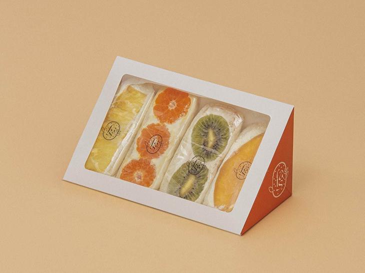 「定番のフルーツサンド(4個セット)」4000円