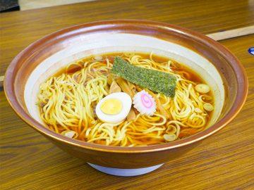 約2kgで500円のラーメンが衝撃! 『星川製麺 彩』の「でっかちゃん」を食べてきた