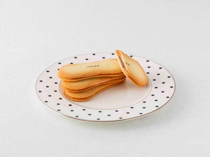 「美結菓 生バターといちごあんのふわシャリサンド」1枚350円