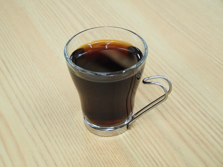 抽出したコーヒー。最高の香りです