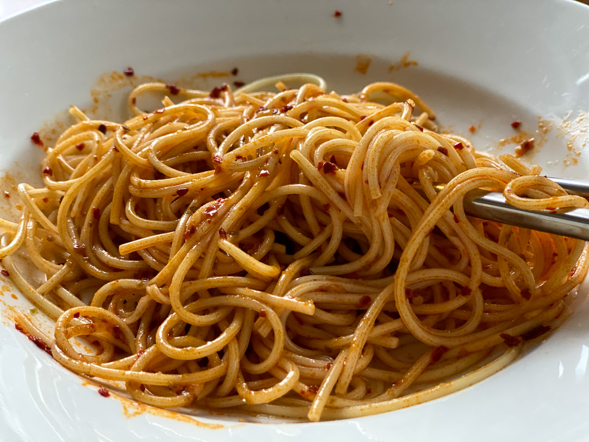 パスタや中華麺に和えるだけで十分美味しい!