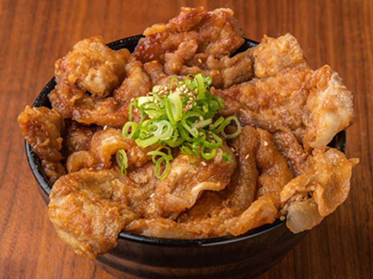 「コク旨にんにく味噌豚丼」小780円、中880円、大980円、特大1080円