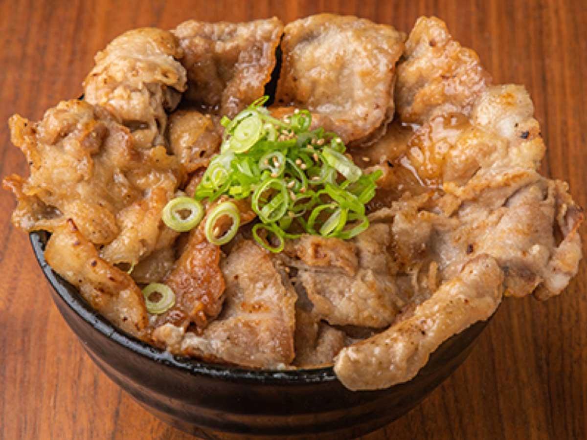 「やみつき塩だれ豚丼」小780円、中880円、大980円、特大1080円