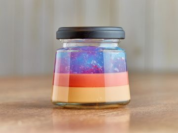 カラフルで可愛い! 『私のプリン食堂』が作る「大阪みっくすジュースプリン」って何?