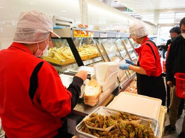 日本一の魚屋チェーン!?『角上魚類』で絶対買いたい「神惣菜」7選
