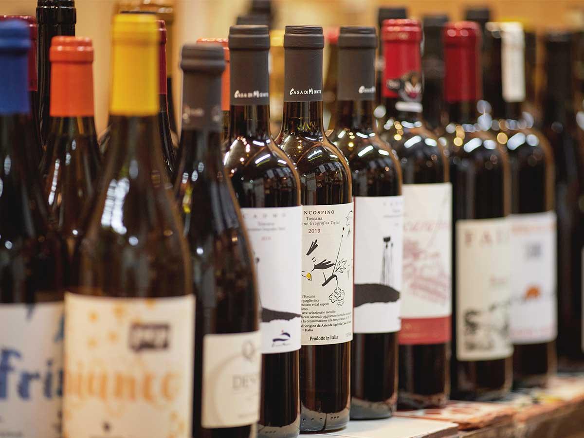 新橋の人気ビストロ『おけい屋』がソムリエ厳選の極上ワインの販売を開始