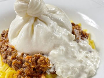 自宅で楽しめる! カフェレストラン『goodspoon』の濃厚な「ブッラータチーズ」の魅力とは?