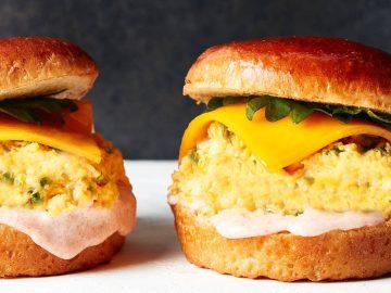 濃厚な明太子マヨに悶絶! LA発の卵料理店『eggslut』が作る日本限定のエッグサンドが絶品すぎる!