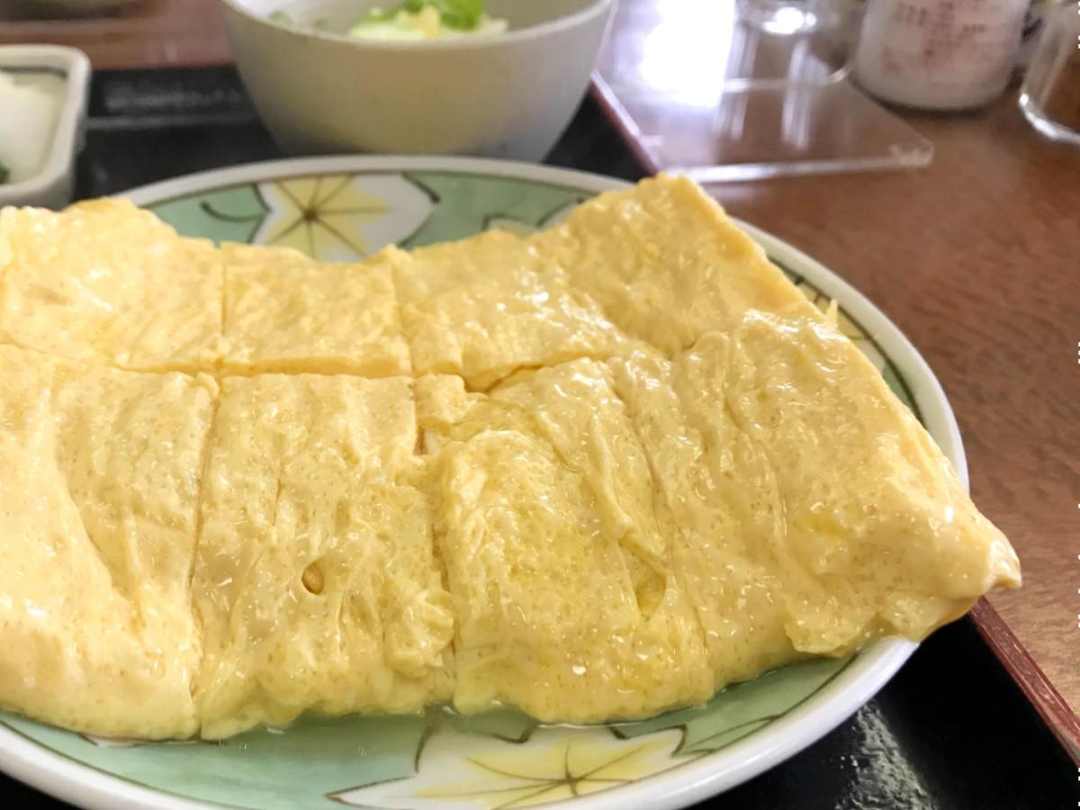 オーダー殺到! 大阪・天満の人気店『一富士食堂』のふわふわ「だし巻き卵定食」を食べてきた