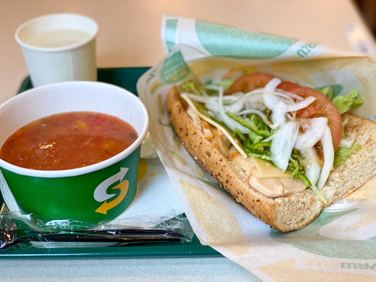 """サブウェイ愛好者の間で「腸活サンド」が大流行中! 周りの客に""""腸活バレ""""せずに腸活する方法とは?"""