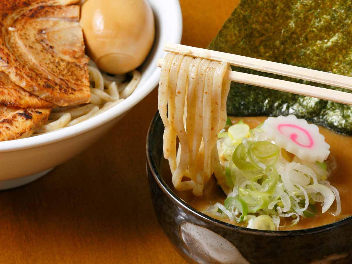 重量1kgオーバー! 夏に食べたい東京近郊の「デカ盛りつけ麺」4選