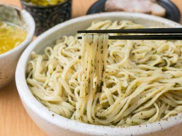 重量2.2kg! 川越『秋田ラーメン はま』でデカ盛りすぎるネバトロつけ麺を食べてきた
