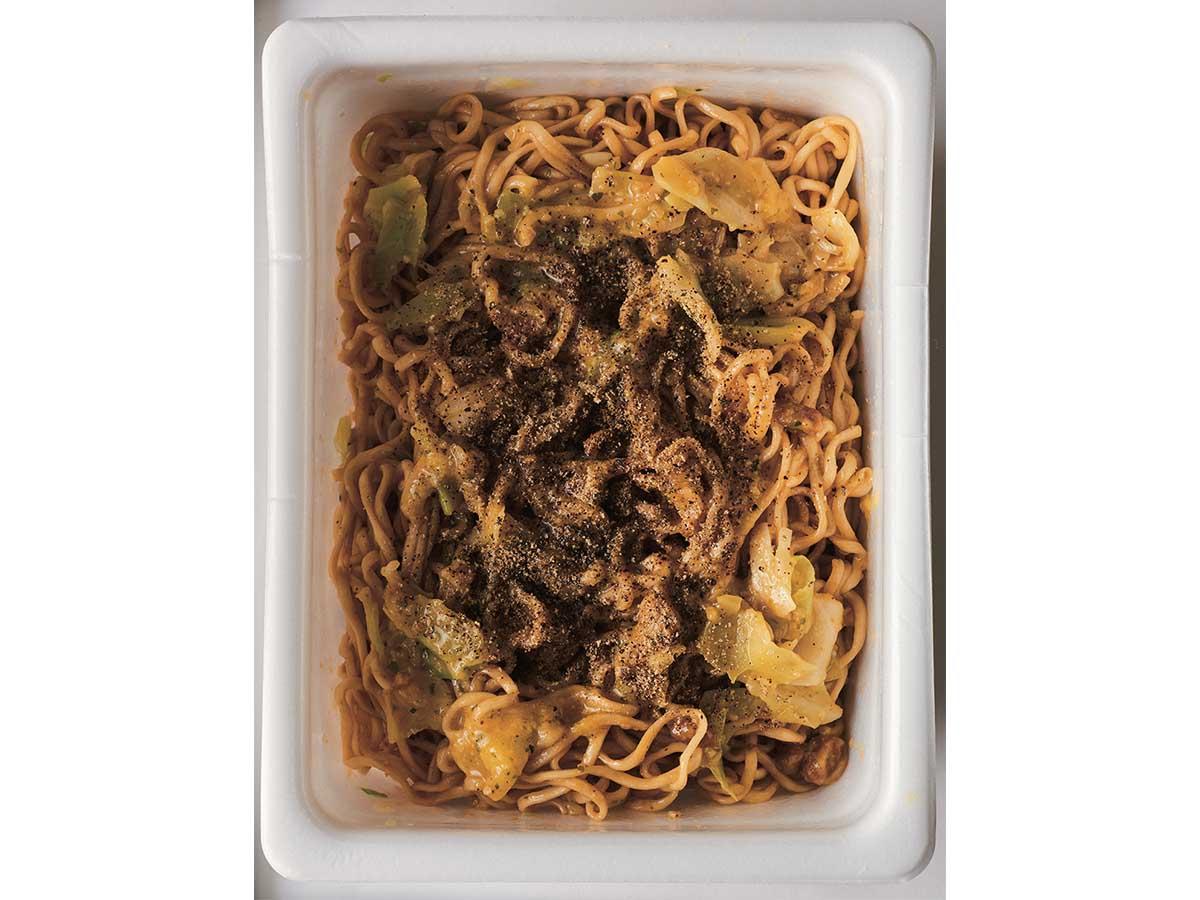 「ソースの量によってはカルボナーラ感が薄まってしまうこともあるので、そのときは粉チーズを増量してみて」(今清水さん・以下同)