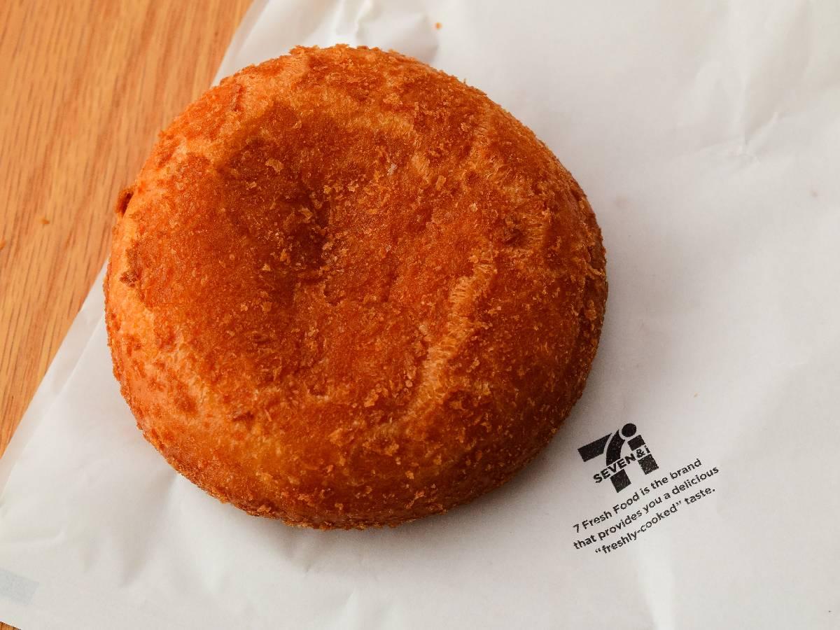味は専門店レベル! セブンイレブンの「お店で揚げたカレーパン」が旨すぎる!