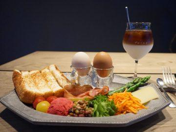 連日満席! 渋谷のカフェ『プルミエメ』で大人気の「ムイエットプレート」を食べてきた