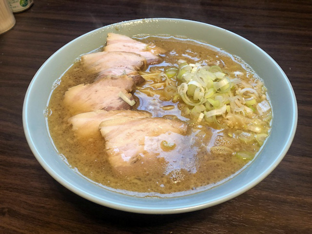 日清のチルド麺「京都 中華そばますたに 背脂鶏ガラ醤油」