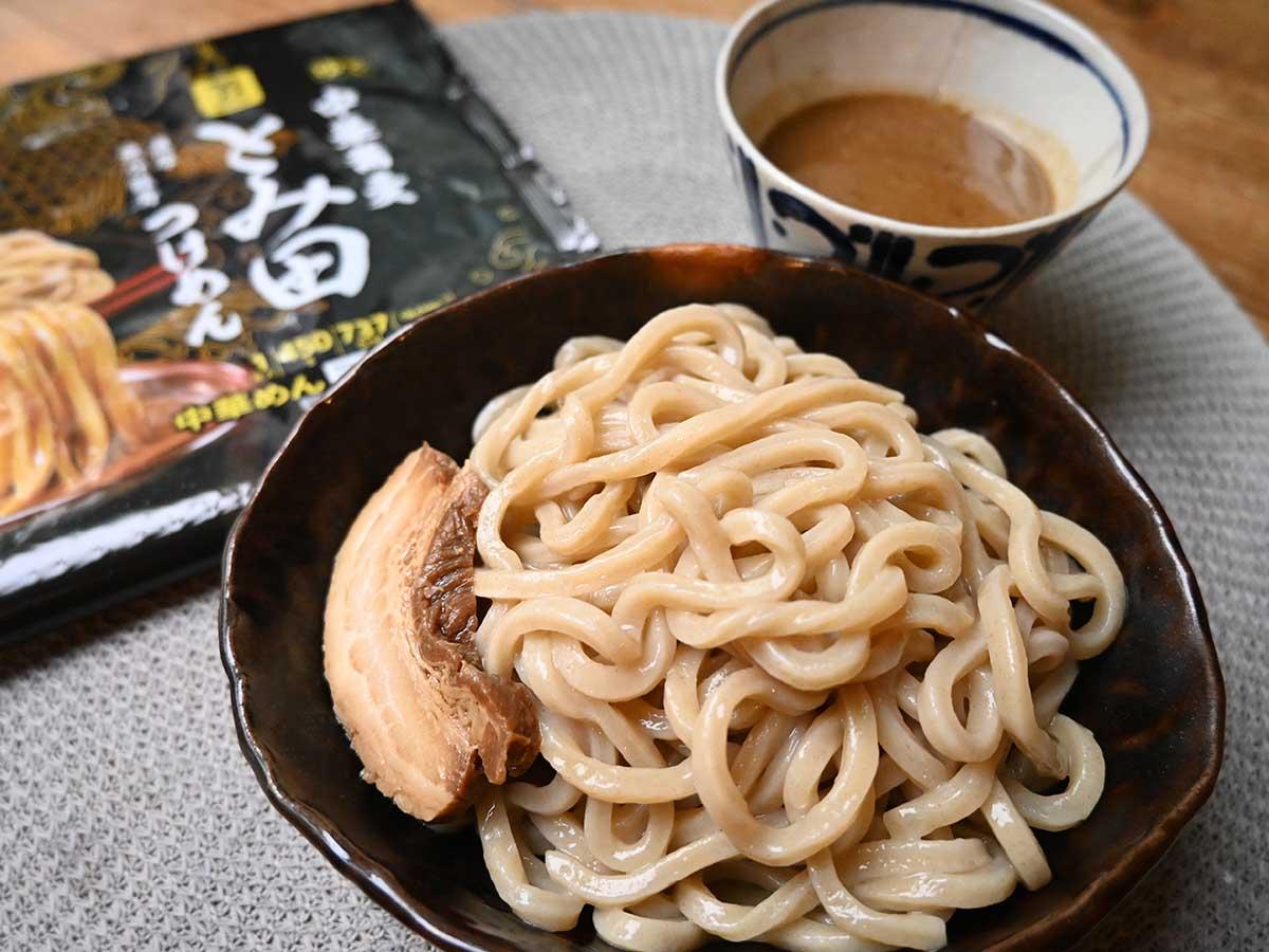 スープまで飲み干したい! イトーヨーカドーの冷凍麺「中華蕎麦とみ田 つけめん」の旨さの秘密とは?