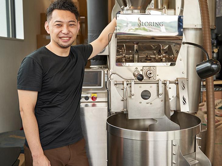 奈良市内でスペシャルティコーヒーの専門店『ROKUMEI COFFEE CO.』をはじめ、2店舗を経営する焙煎家の井田浩司さん