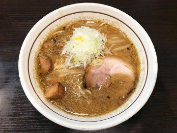 連日行列! ミシュラン獲得『らーめん 颯人』(大阪)の最強「みそらーめん」を食べてきた