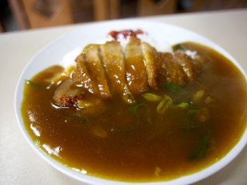 どんな料理!? 京都のレトロ食堂『篠田屋』で謎の看板メニュー『皿盛(サラモリ)』を食べてみた