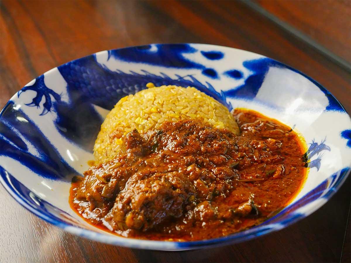 カレー屋の炒飯は旨い! 目黒の『カレバカ世紀』で夜限定「カレーチャーハン」を食べてきた
