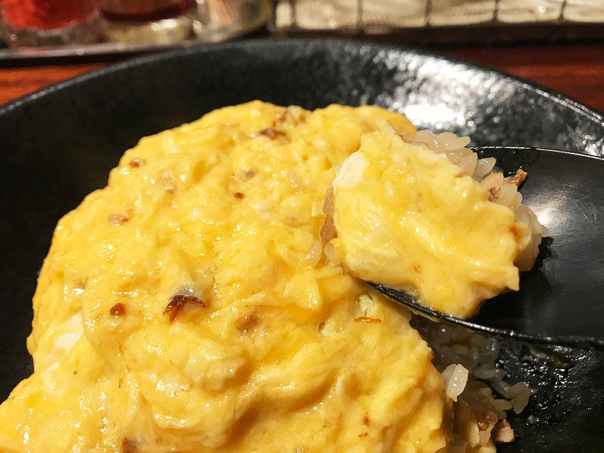 人気ラーメン店の名物炒飯! 大阪『オムちゃん食堂』の「絶品オムチャ」ってどんな味?